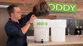 How-to Cold Brew: Maximizing Yield & Efficiency With the Toddy Lift Video