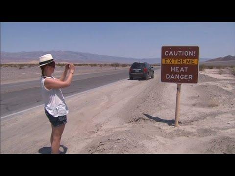 Heat beats down in Death Valley