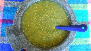 Receta de Salsa Verde Mexicana de Tomatillo