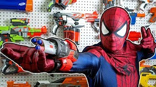 NERF WAR: SPIDERMAN HOMECOMING