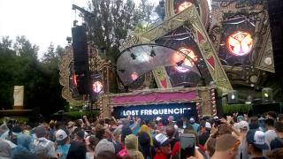 "Lost Frequencies plays  ""In and Out of Love (Lost Frequencies remix)"" live @ Tomorrowland 2015"