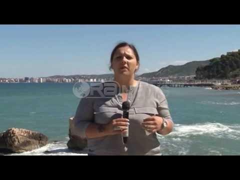 Ora News - Vlorë, mungojnë rojet bregdetare dhe piketat kufizuese në det