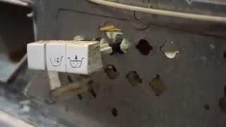 как снять кнопки стиральной машины Beko. Видео №39(Как снять кнопки стиральной машины Беко. Из цикла самостоятельный ремонт стиральных машин. Группа Группа..., 2015-07-13T07:39:21.000Z)