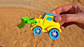 Играем с Трактором на Детской площадке. Купили новый трактор