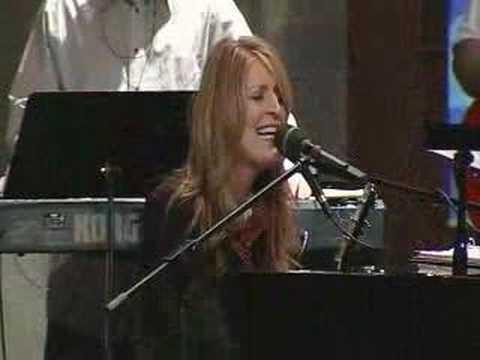 Hear My Worship (Live) - Jaime Jamgochian