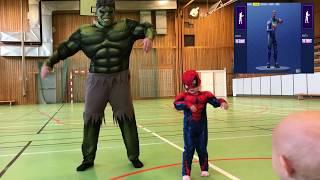 Fortnite fun Dance défi dans la vie réelle Hulk vs Spiderman enfant dans une bataille épique