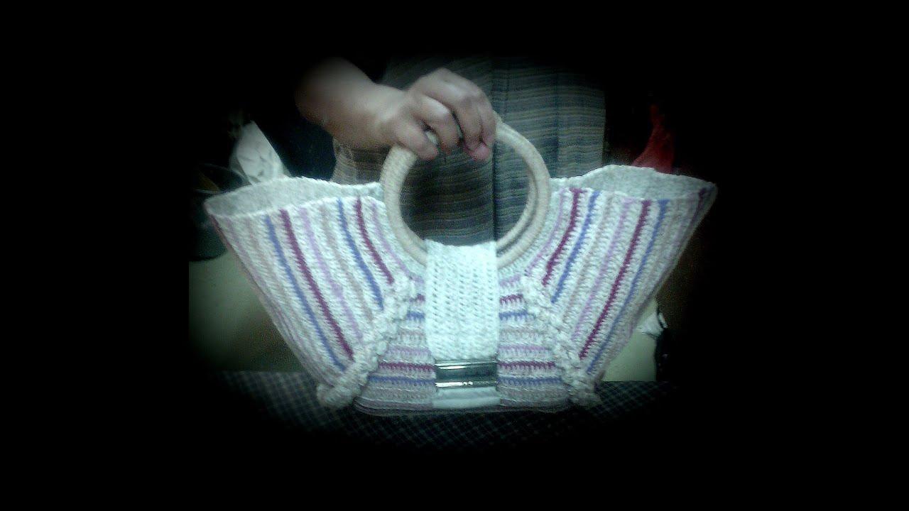 ab964dc0b3ae Вязаные сумки крючком — схемы, описание и фото вязаных сумок, мастер-классы  по вязанию сумок крючком