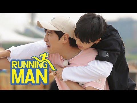 Ji Min Even Rides on Kwang Soo's Back~~ [Running Man Ep 300]