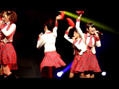 [FANCAM] JKT48 ~ Hikoukigumo On JKT48 first anniversary[23-12-2012]