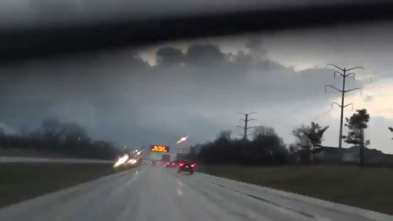 Storm Chasing 4 9 15 Near Rockford Illinois Tornado Chase Youtube