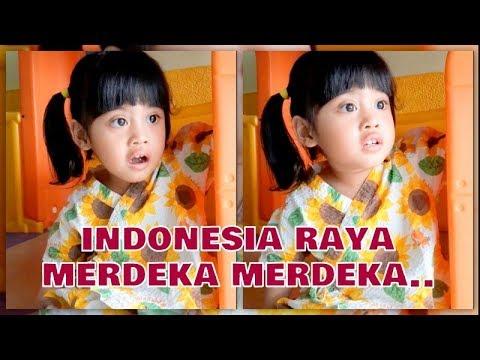 VANIA ATHABINA - Lucunyaaa Menirukan Lagu Indonesia Raya ;p