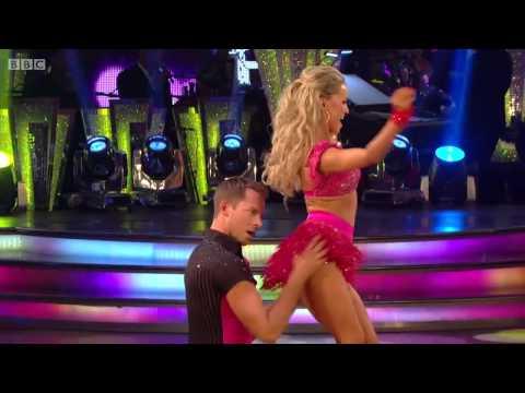 Ola Jordan & Ashley Taylor Dawson - Cha-Cha-Cha - Strictly Come Dancing Series 11 Week 1