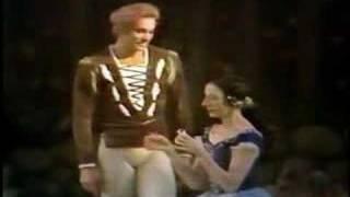 Alicia Alonso &  Vladimir Vasiliev in Giselle (vaimusic.com)