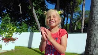 Alicia sueña con Cachorrito y Gatito
