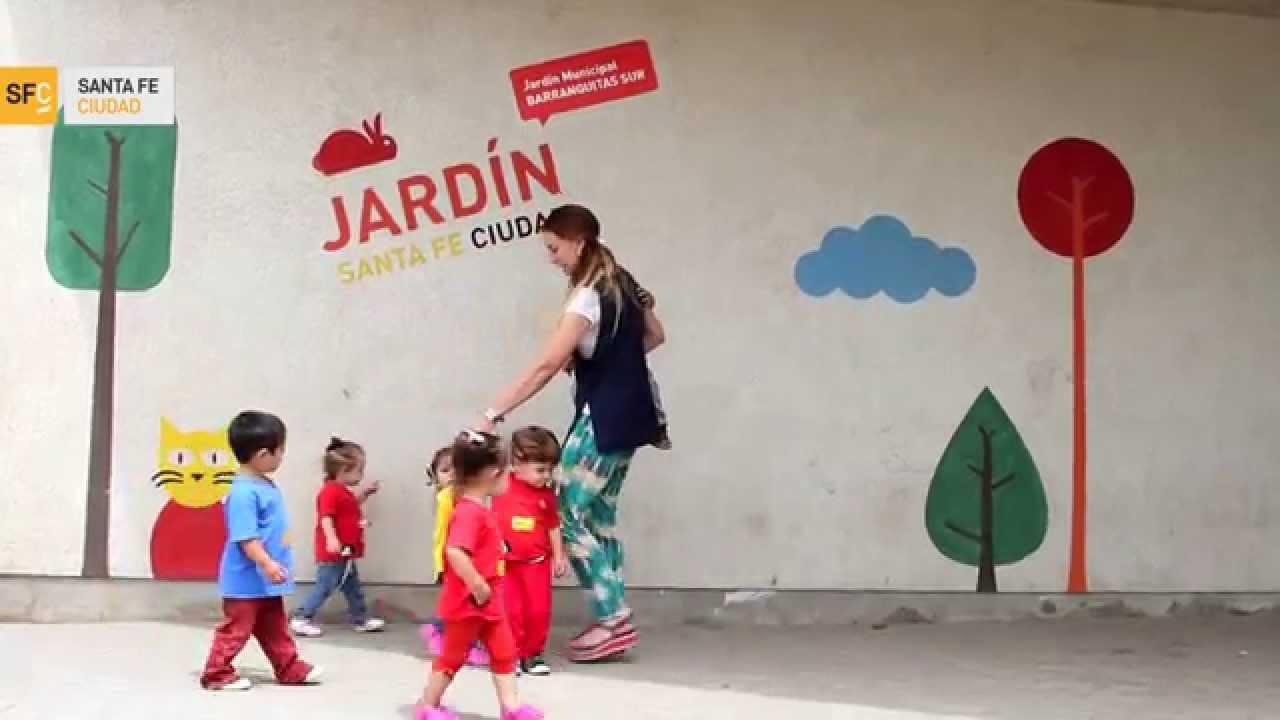 Jardines municipales nuevos espacios para los m s chicos for Jardines chicos