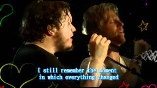 Sin Bandera-Y Llegaste tu with english subtitles