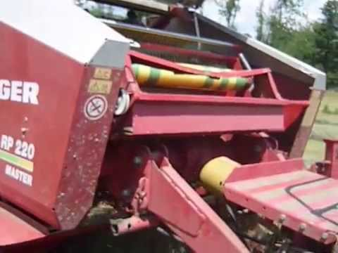 Welger RP220 and Tama Xtranet - YouTube