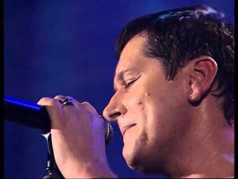 Aco Pejovic - Vrata pakla - (Live) - (Hala Pionir 01.10.2010.)