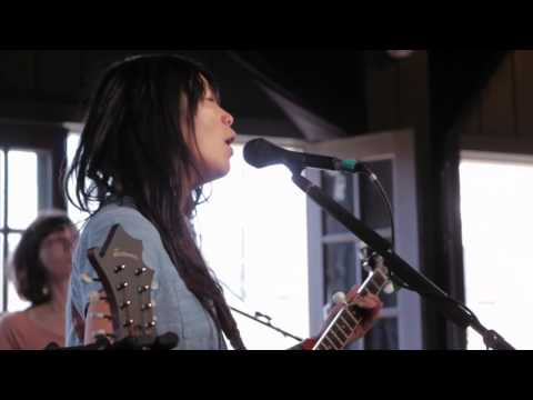 Thao & The Get Down Stay Down - We The Common -