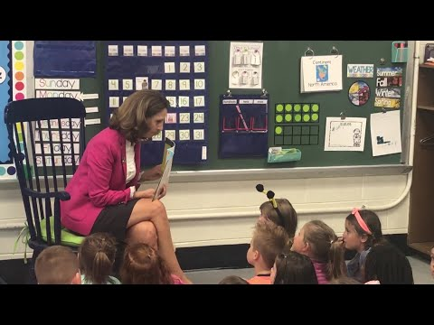 VA First Lady Northam at Wise Primary