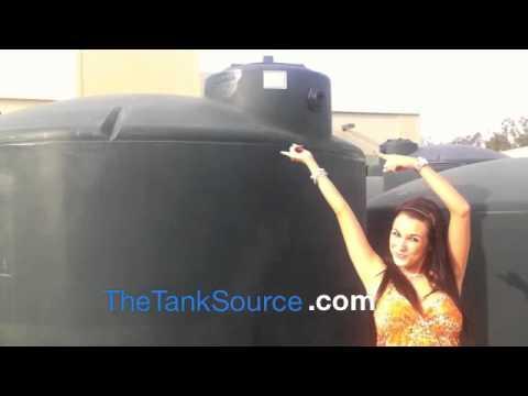 41370 Norwesco 2500 Gallon Vertical Water Tank