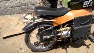Motocicleta impulsada con Motor a Vapor . steam powered motorcycle