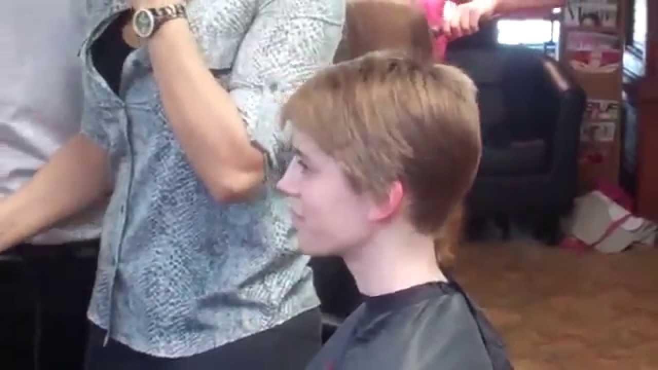 Haircut On Long Hair To An Amazing Pixie Haircut Youtube