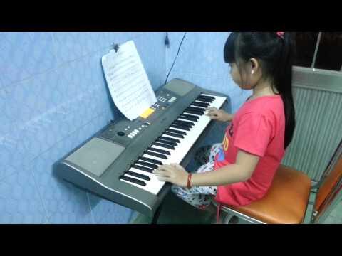 Organ mái trường mến yêu - Bé khánh vân lớp 3