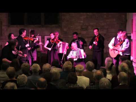 Mix - Eliza Carthy & Saul Rose: The Lads Like Beer, Trouble Over Bridgewater, The Quarter Brawls