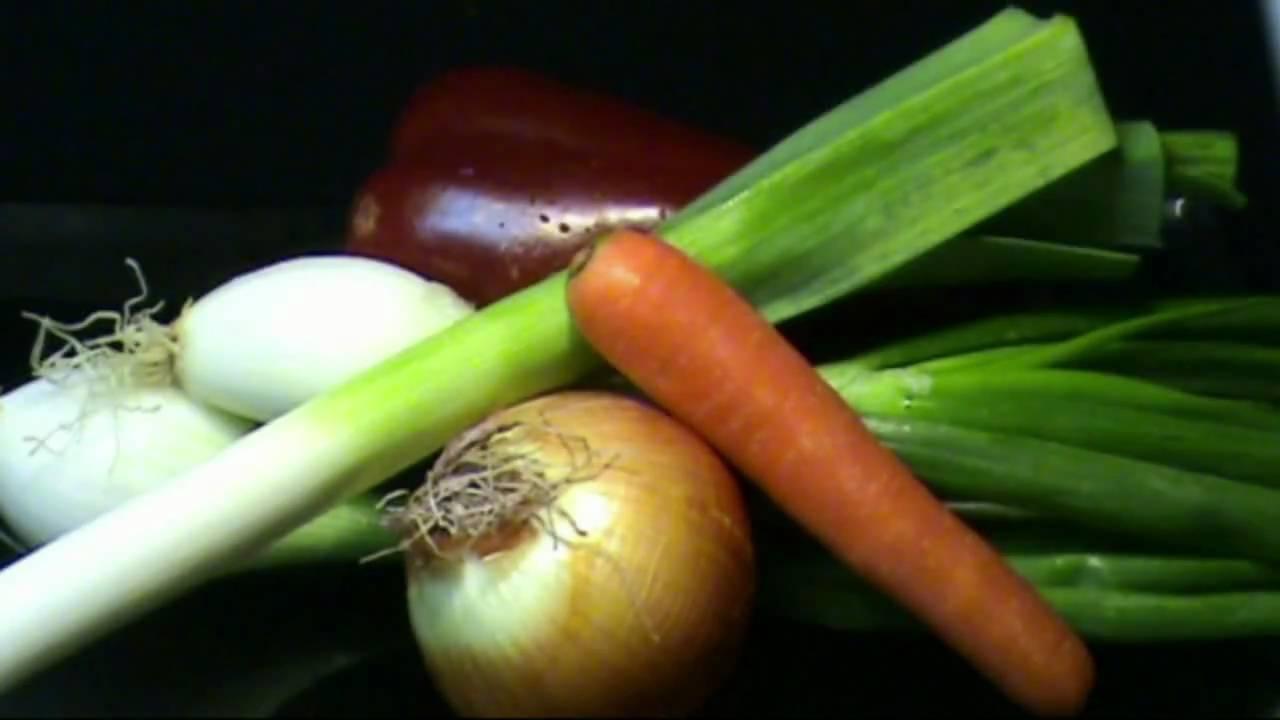 Cocinar para los amigos alcachofas con jamon youtube for Cocinar para los amigos