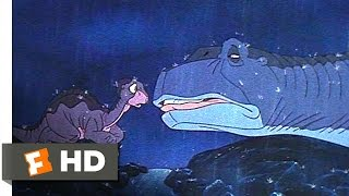 The Land Before Time (2/10) Movie CLIP - Littlefoot