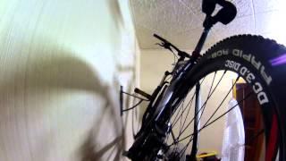 как сделать крепление для велосипеда на стену