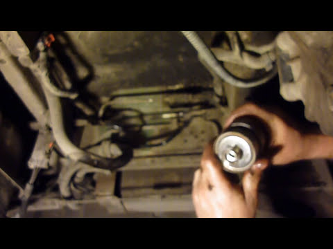 astro van fuel filter replacement youtube  fuel filter location on 1995 chevy astro van #4