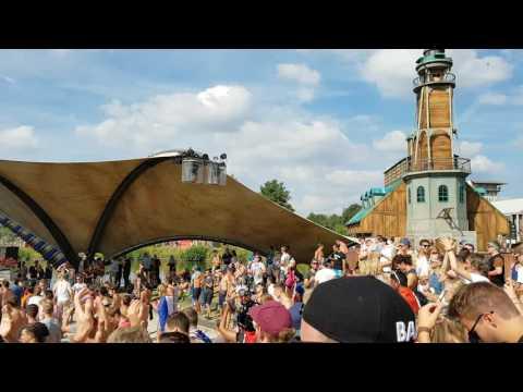 Tomorrowland 2016 - Sam Feldt