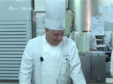 ... .Tv - Maestro Iginio Massari prepara Torta Meringhetta - YouTube