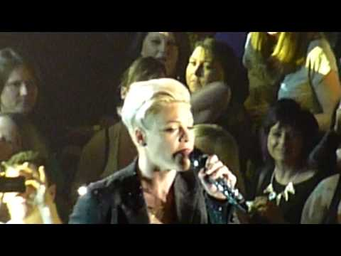 Pink - Trouble  (Live - Manchester Arena, UK, 15th April 2013) P!nk