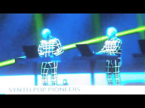 andy-mccluskey-(omd)-on-kraftwerk-at-tate-modern---bbc-news
