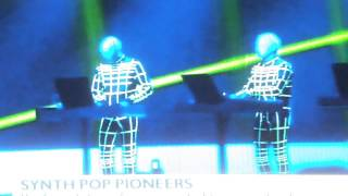 Andy McCluskey (OMD) on Kraftwerk at Tate Modern - BBC News