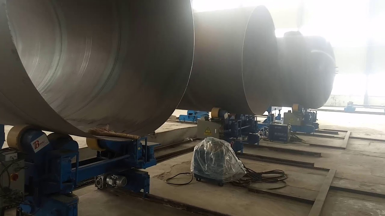 pipe welding column and boom manipulator working at site