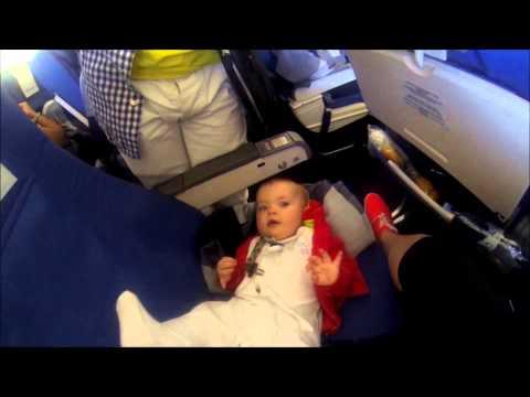 12-часовой авиаперелет с грудным ребенком. 9 правил успешного полета.
