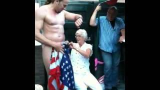 Verjaardagsverrassing voor oma 65