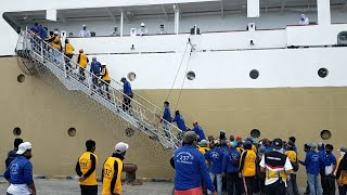 Download Pelayaran pertama kapal PELNI selama wabah CORONA