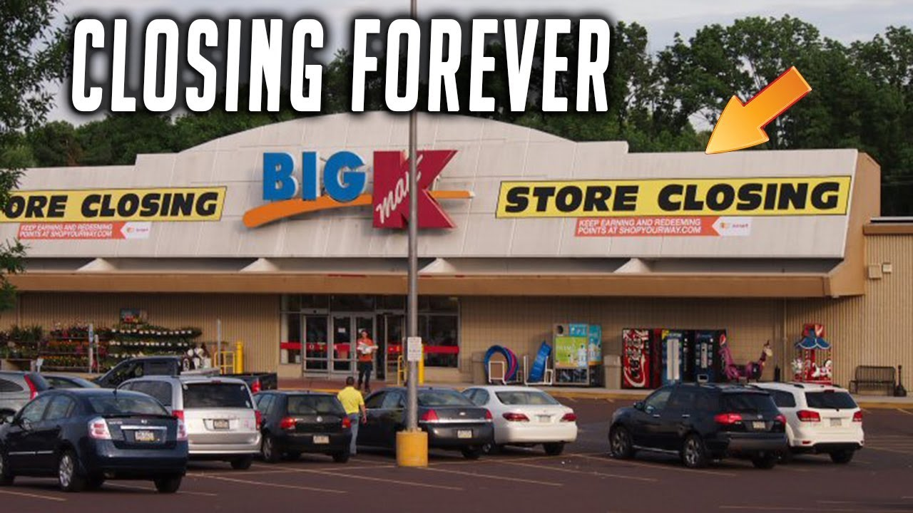 KMART IS CLOSING DOWN VLOG TIME CRAZY DISCOUNTS EVERYWHERE Walking With BranBran