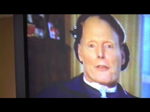 CHRISTOPHER REEVE speaks via remote when 'SUPERMAN  THE MOVIE' cast reunites to launch DVD - 2001
