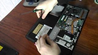 Чистка ноутбука Fujitsu Siemens от пыли своими руками(На примере ноутбука Fujitsu Siemens, я покажу вам как нужно делать чистить систему охлаждения. Чистку ноутбука..., 2014-02-23T15:55:23.000Z)