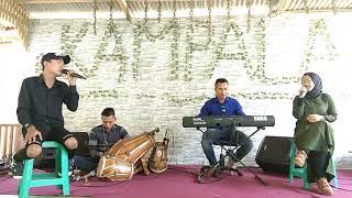 Gambar cover Dingding kaca koplo adde tello voc. Deni & Nia (majalaya)