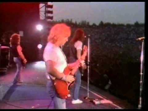 Status Quo --- Dirty Water - Live 1984