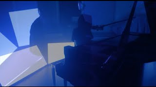 Смотреть клип Elohim - Xanax
