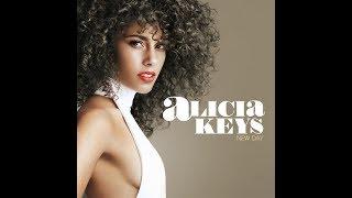 ALICIA KEYS-50  looks.