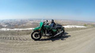 Самоизоляция на мотоцикле Урал.